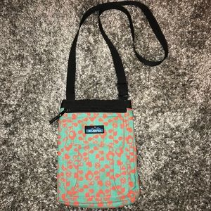 Kavu keeper Floral Vine crossbody bag Teal orange